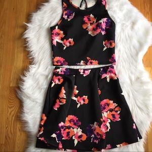 Decree Skirt and Top Size Medium Juniors Black